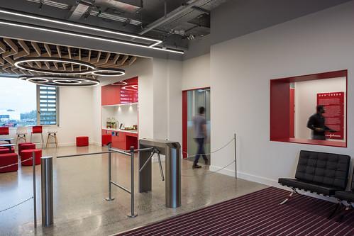Johnson & Johnson Vision Care _ van Dijk Architects_ Limerick _ 2019 _ Entrance Area