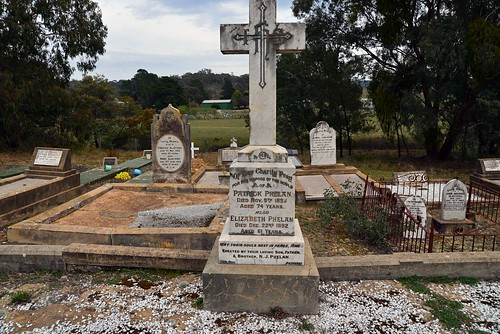 Sally's Flat, Catholic Cemetery