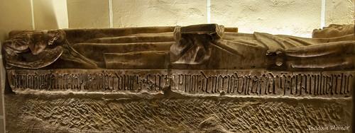 Tumba de Alfonso I El Batallador. Monasterio de San Pedro el Viejo, Huesca