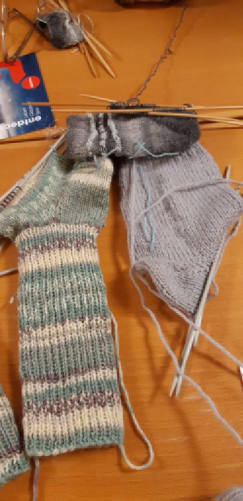 Wie stricke ich mir ein Paar warme Socken? 12. und 16.11.19