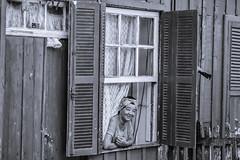 Esperando na janela