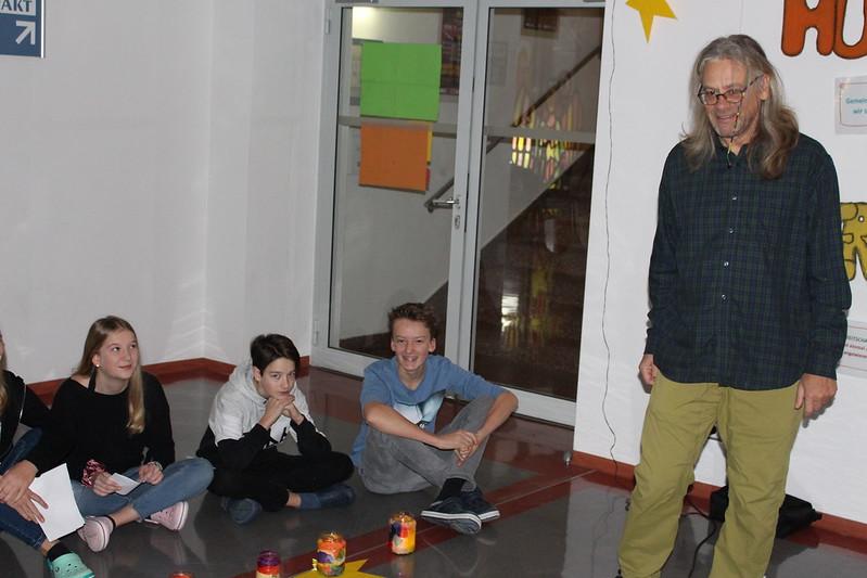 Schulprojekte NMS-Lofer: Adventskranzweihe 2019