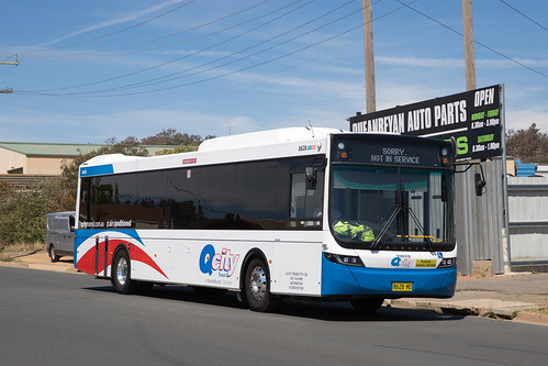 QCity 8628 MO Volvo B7RLE/Volgren Optimus departing the depot for an afternoon run