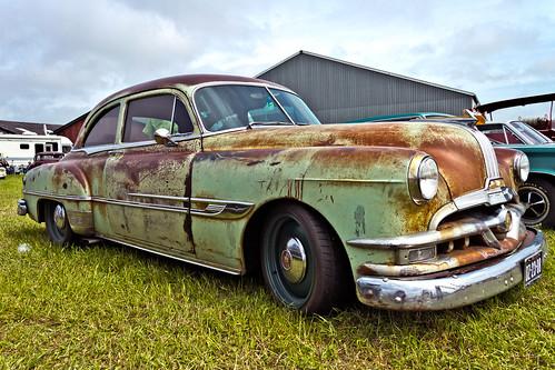 Pontiac Chieftain Sedan 1952 (4166)