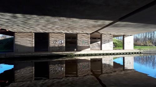 Reflections under the bridge, Sneek