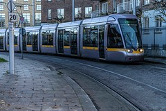 URBAN EXPRESSION AND DEPRESSION AT PETERS PLACE - 8 NOVEMBER 2019  [ON THE LUAS GREEN LINE]-158307