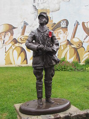 Albert: Rue Dubas (Somme) - Photo of Harponville