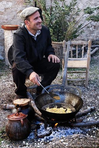 Haciendo palomitas de maiz / Making Popcorn