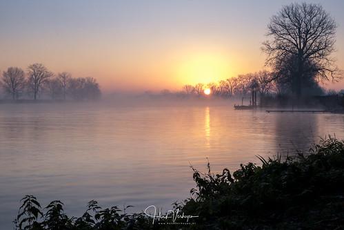 Sunrise @ Maas Grave