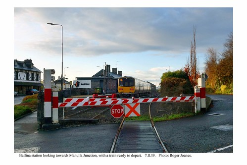 Ballina. Train for Manulla Junction and level crossing. 7.11.19