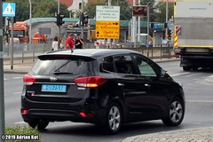Kia Carens with diplomatic plates