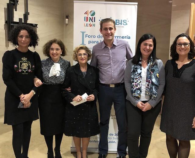 Pilar, Elena, Araceli, Marta, directora de Enfermería de Atención Primaria Olga Álvarez y profesor Alberto González