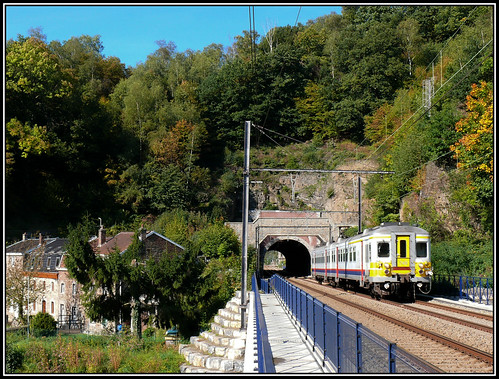 SNCB/NMBS 749 Trooz 03.10.2010