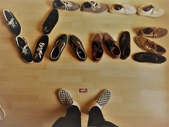 VANS OFF THE WALL - Photo of Courbevoie