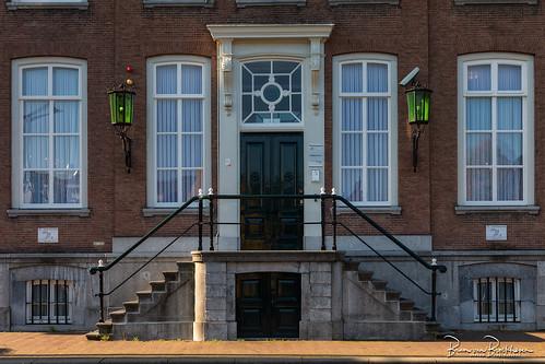 Doors windows, lanterns, and lower doors