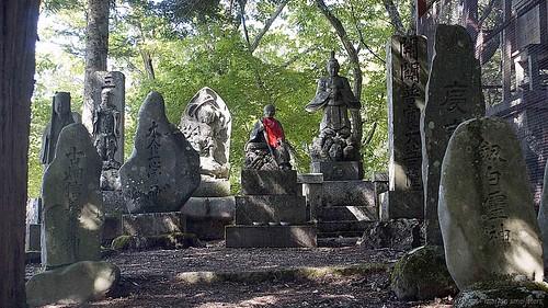 Ontake Shrine on the Nakasendo trail in the Kiso Valley (Japan) between Yabuhara and Narai via Torii Pass #9