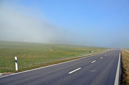 Kampf zwischen Nebel und Sonne
