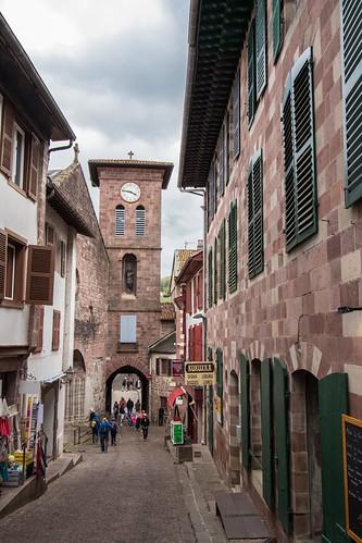 Rue d'Espagne, Saint Jean Pied de Port [Pays Basque, France]