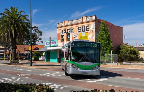 Perth city bus: Volgren CR225L # 1352