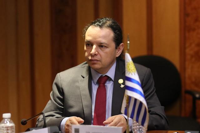 05/12/2019 Firma De Convenio Con Cámara De Representantes De Uruguay