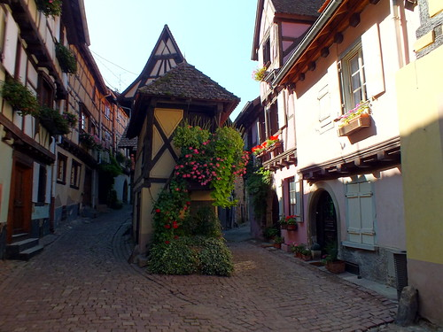 Rue du Rempart in Eguisheim