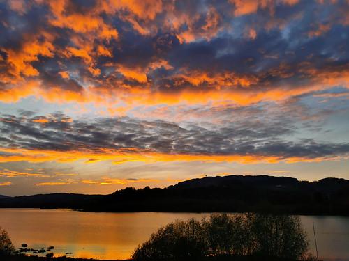Coucher de soleil sur le Lac de la Gruyère
