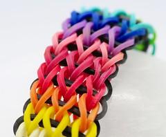 Pulsera multicolor de gomas