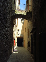 SisteronAlley - Photo of Sourribes