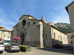 SisteronChurch - Photo of Entrepierres