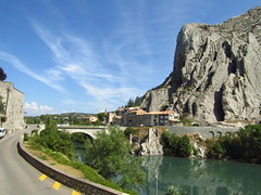 SisteronBridge - Photo of Entrepierres