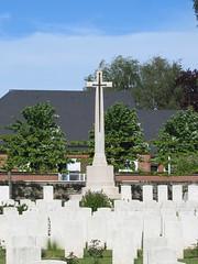 Albert: Albert Communal Cemetery Extension (Somme)