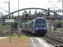 Albert: Gare d'Albert (Somme) - Photo of Harponville
