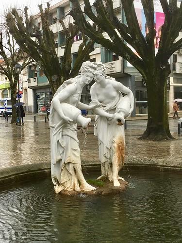 Estátuas do cochicho