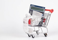 Shopping cart with Receipts and calculator