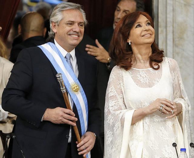 Cerimônia realizada no Congresso Nacional, em Buenos Aires; em seguida, começou a festa popular em frente à Casa Rosada - Créditos: Frente Todos