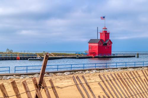 Holland Lighthouse (3)