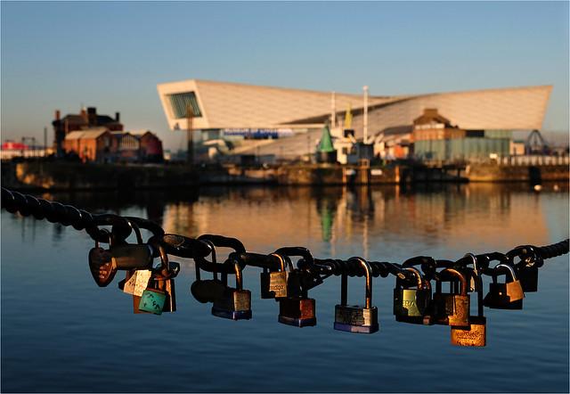 Love locks at Dawn