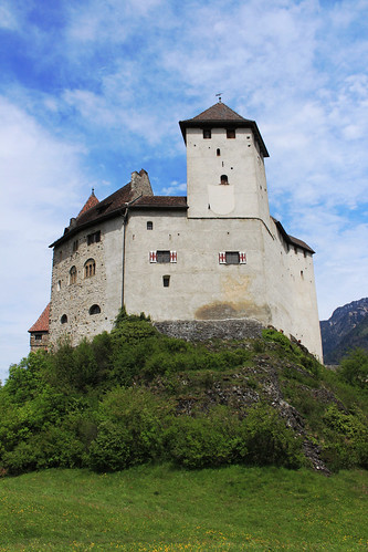 Burg Gutenberg / Gutenberg Castle / Замък Гутенберг