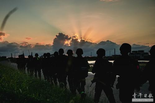 陸軍航特部特5營的戰術任務行軍訓練