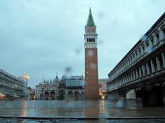Lluvia en Piazza San Marco y Campanile di San Marco, Venecia
