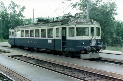 swiss - sensetalbahn emu at laupen