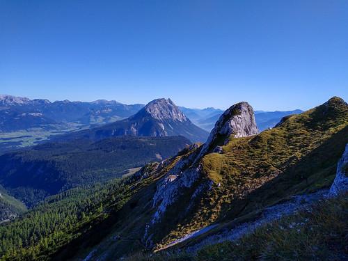 Grimming - Kammspitze über Öfen, Viehbergalm und Miesbodensee am Dachsteinmassiv