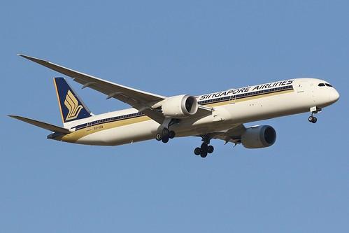 9V-SCA Singapore Airlines Boeing 787-10 Dreamliner