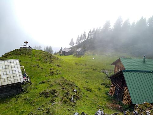 Stoanalm - Wanderung auf den Kufstein über Gradenbachfall, Ahornsee, Grafenbergsee und Grafenbergalm im Dachsteinmassiv