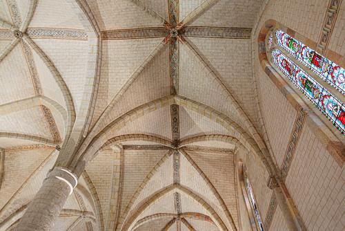 07-Voute et vitrail de l'église des Jacobins