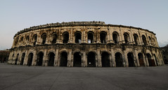 Arènes de Nîmes (Arena of Nîmes) - Photo of Poulx