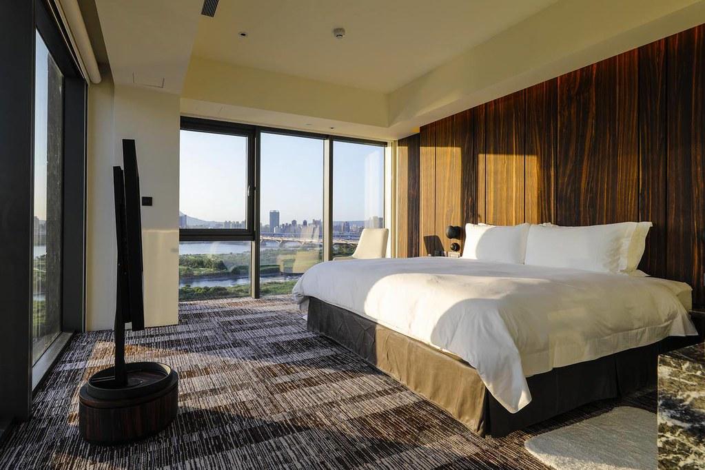 Suz Hotel 1