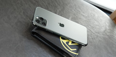 Yoitch iPhone 11 Pro Card Cover