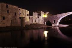 FR11 3411 Le Pont de l'Abbaye et la rivière l'Orbieu. Lagrasse, Aude, Languedoc