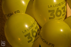ballons jaunes - Photo of Saint-Cyr-sur-Mer